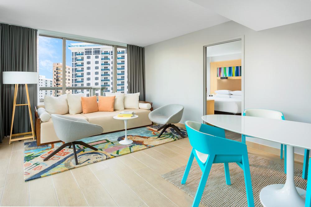 Gates-Guestroom-Suite